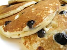 Buttermilk Berry Pancakes
